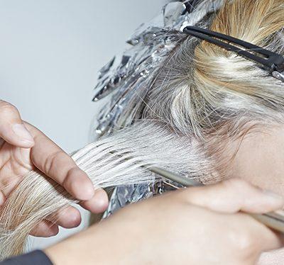 Haare entfärben