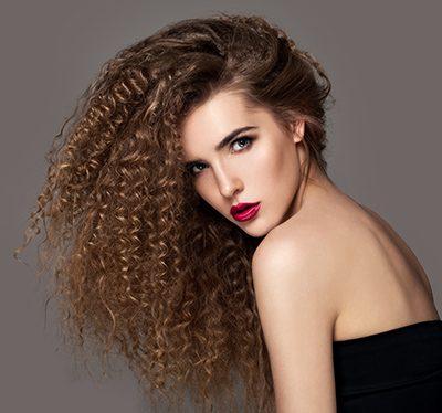 Der Trend zu gewellten Haaren kommt zurück